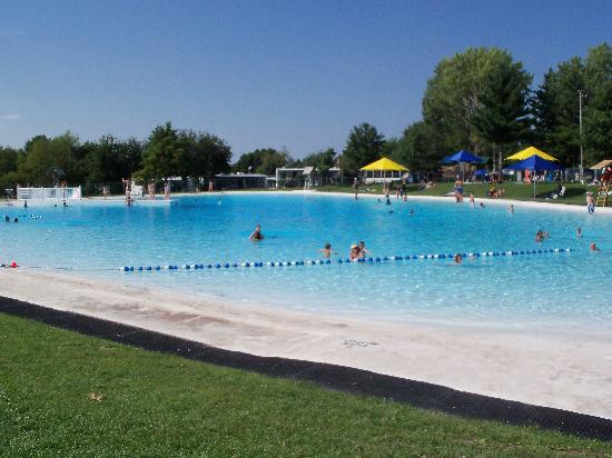 Pelham, Canada: Swimming Pool