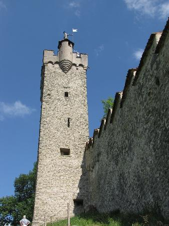 Mannli Tower, one of the nine Museggmauer