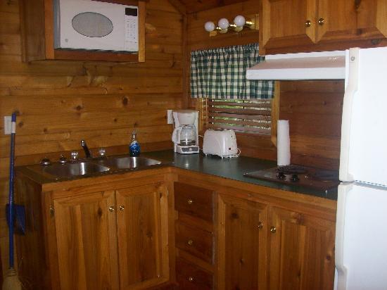 Myrtle Beach KOA Kampground: Kitchen