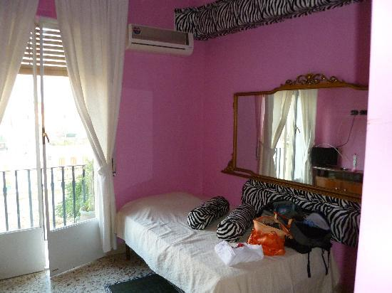 Abali Gran Sultanato: the pink zebra room