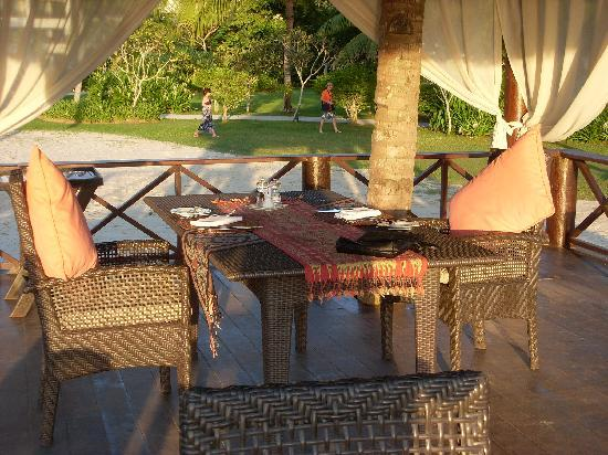 Coast Restaurant at Shangri-La's Rasa Ria Resort: the gazebo