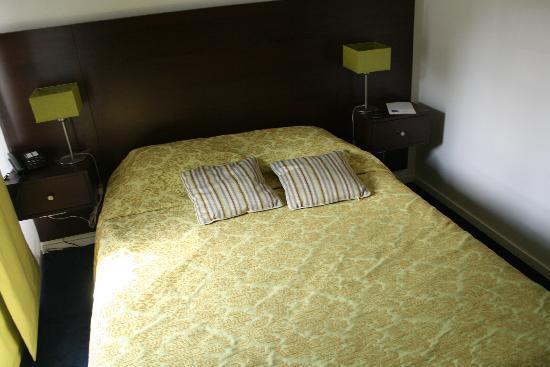 Adagio Access Paris Bastille: letto