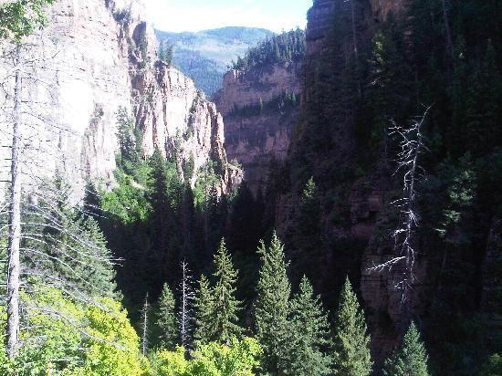 Hanging Lake Trail : Great View
