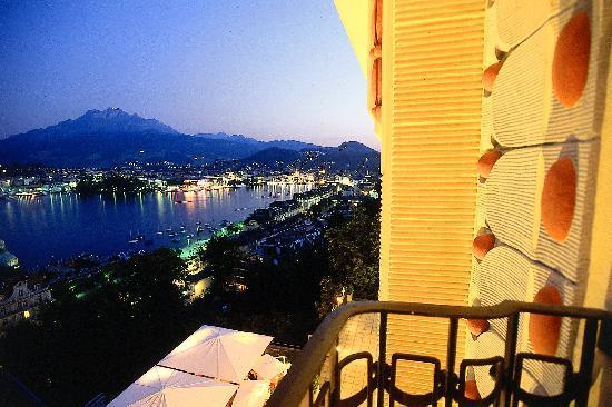 Art Deco Hotel Montana Luzern : Lake view