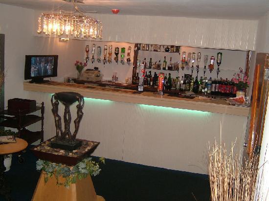 Armaan of Cupar: Restaurant  bar