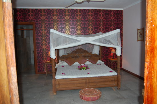 Echo Beach Hotel: The bedroom!