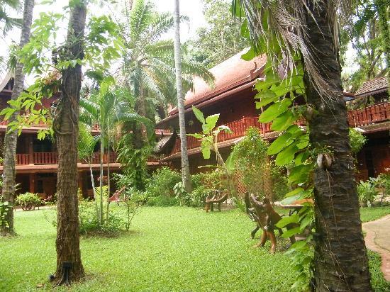 Royal Phawadee Village : Vue du parc