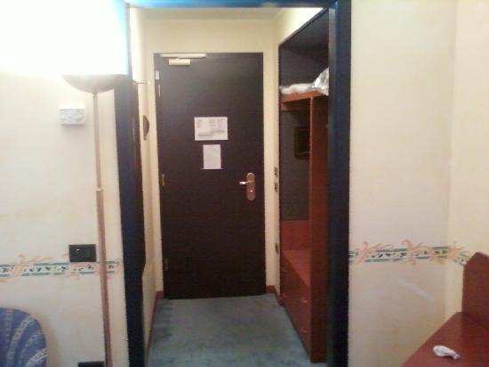 Una Hotel Brescia : Entrata della camera