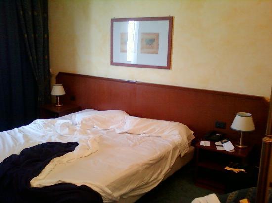 Una Hotel Brescia : letto morbido