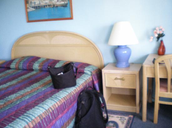 Sail Inn of Montauk: the room