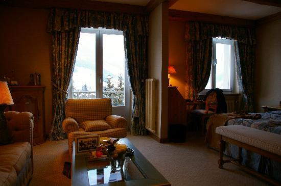 Gstaad, Sveits: room