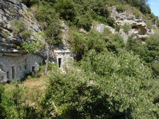 Bollene, Frankreich: Il ne manque plus que le bruit des cigales