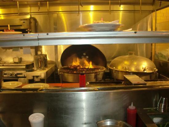 weber grill sign picture of weber grill restaurant chicago tripadvisor. Black Bedroom Furniture Sets. Home Design Ideas
