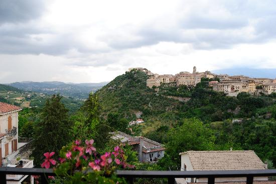 Foto di arpino foto di arpino provincia di frosinone tripadvisor - Giardini dell acropoli arpino ...