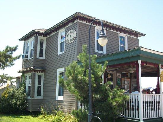Back Bay Ale House: The Back Bay Ale