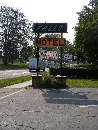 Falls Motel: Says it all really !