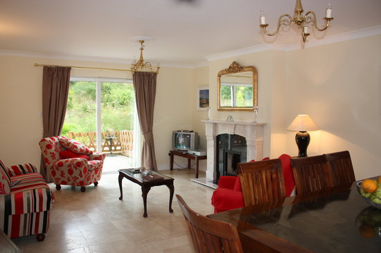 Blacklion, Ireland: Sitting Room