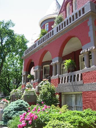 Swann House : facade