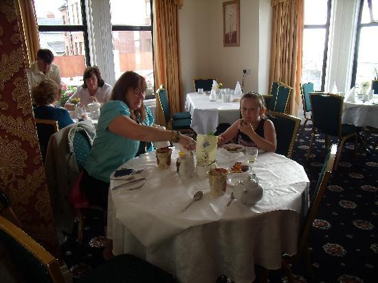 Newcastle, UK: IN THE BREAKFAST ROOM