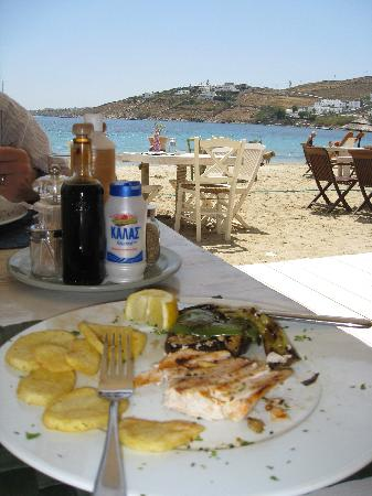Ithaki: Food with a view