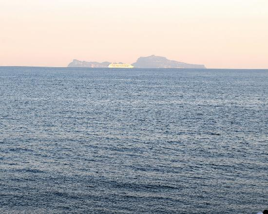 Parteno Bed and Breakfast: Looking out of Azalea Room to Capri