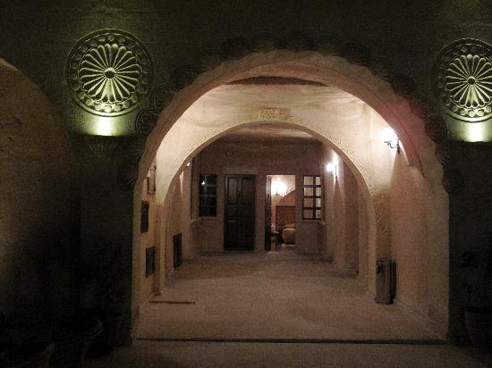 Alfina Hotel Cappadocia: Our room is through open door at end of archway