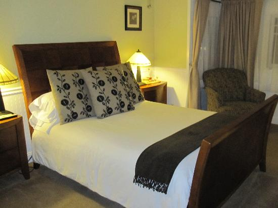 The Craftsman Inn: Our room
