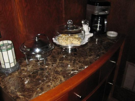 The Craftsman Inn: 24hr scones available!