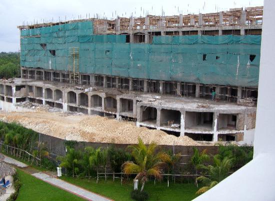 Section en construction - Picture of Grand Bahia Principe