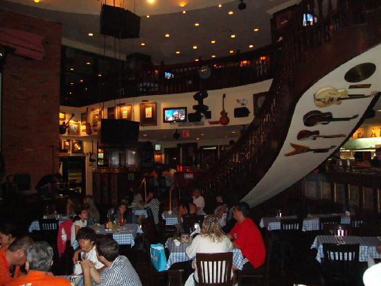 Hard Rock Cafe Cancun Airport