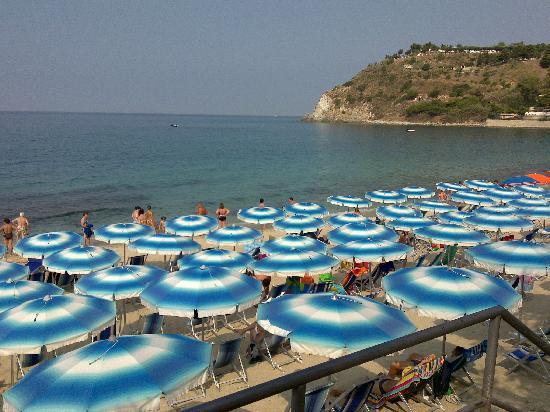 Villaggio Santa Maria: la spiaggia del villaggio