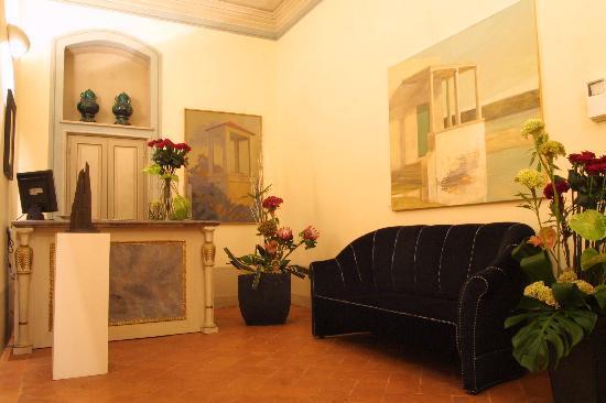 Palazzo Galletti : Reception Desk