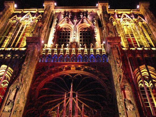 Hôtel Cour du Corbeau Strasbourg - MGallery Collection : Light Show at the Cathedral