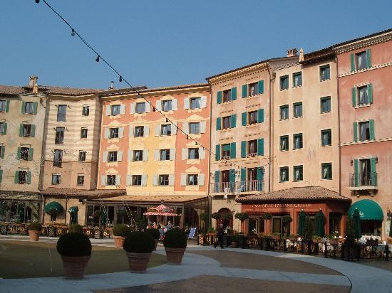 Zimmer picture of hotel colosseo europa park rust - Hotel colosseo europa park ...