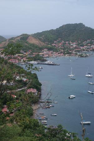 Residence Anse Caraibe: Vue de Terre-de-Haut depuis le fort Napoléon