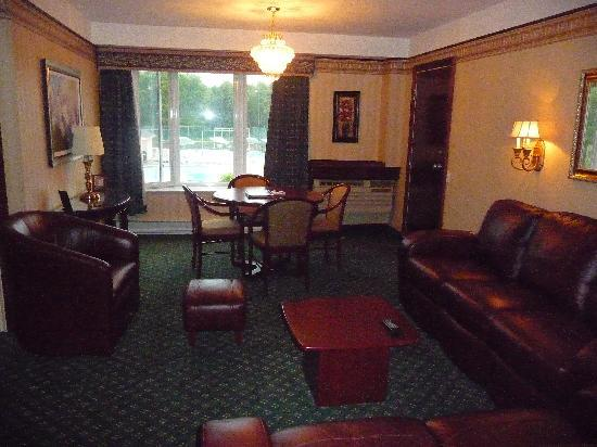 Les Suites de Laviolette : chambre de luxe