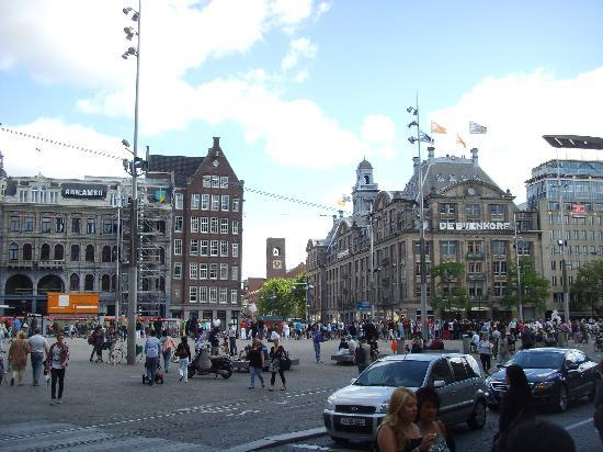 Dam square picture of amsterdam north holland province for Hotel amsterdam economici piazza dam