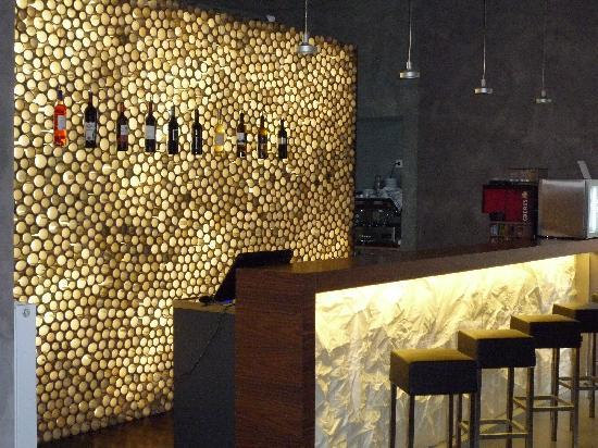 MOODs Boutique Hotel: bar