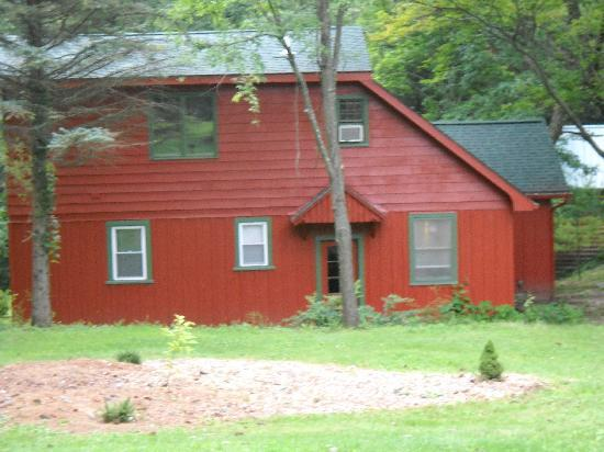 Birchcliff Resort : One of the private cabins.