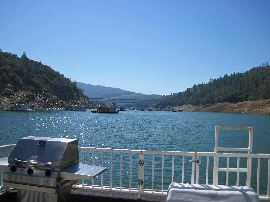Lake Oroville Marina: View off the front as we are driving