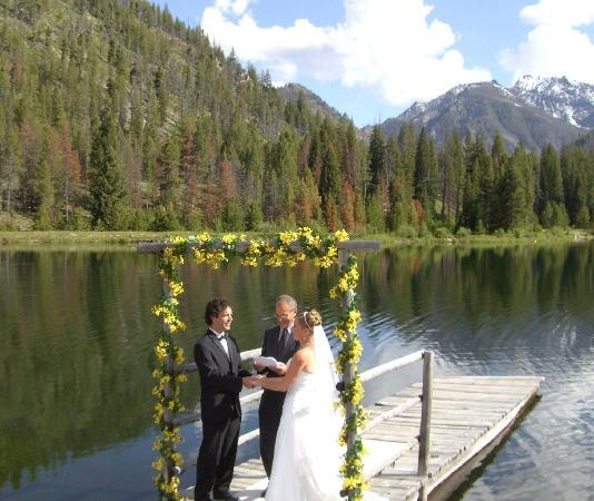 Diamond D Ranch: Our wedding at the lake