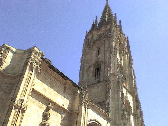 Oviedo, إسبانيا: tour