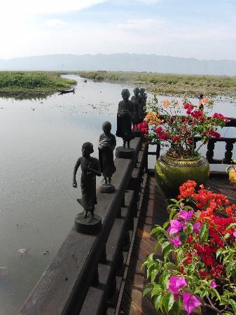 Inle Princess Resort: Kunstwerke
