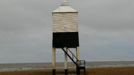 St. Aubyns Guest House: wooden light house