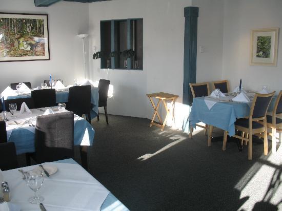 Europa Inn & Restaurant: The diningroom where we spent many fine hours