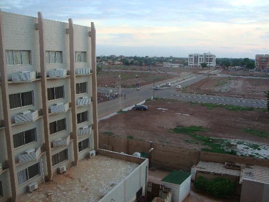 Splendid Hotel : View from back of hotel - runaway urban renewal (destruction of old inner neighborhood)