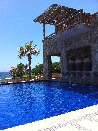 Esperanza - Auberge Resorts Collection: One of 3 swimming pools on property
