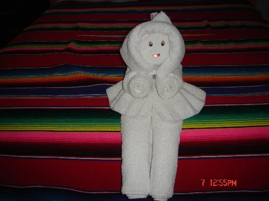 Paraiso Azul's -Casa De Gopala: what we come home to every day,. something new with the towels