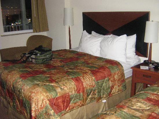 Sleep Inn & Suites: Chambre. Deux lit double. Confortable pour 4