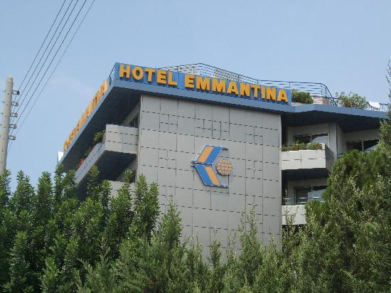 Emmantina Hotel: Seitenansicht vom Hotel